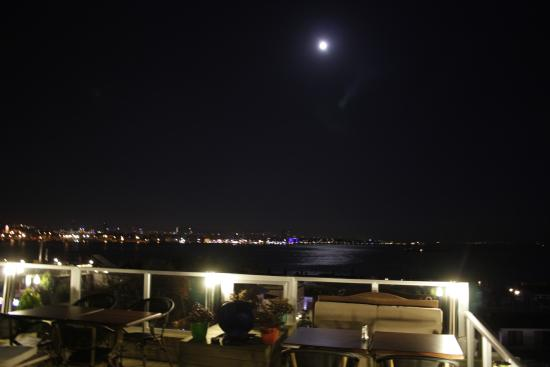 Nobel Hostel: View of Marmara Sea