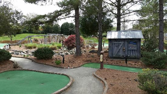 Lost Duffer Miniature Golf