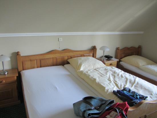 Hotel Wardenburger Hof: Drei-Bett-Zimmer jedoch als Doppel gebucht