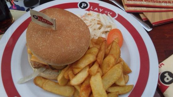 Play Off: hamburguesa de pollo, si no recuerdo mal
