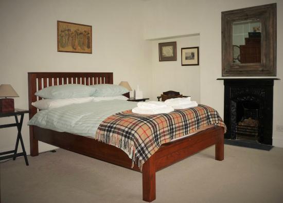 Saxon Villa: Room 1 Rural View