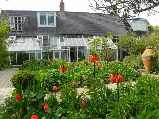 Monk's House - National Trust: The house with spring blooms