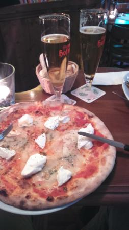 Il Pomodoro: Pizza 4 Fromages