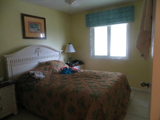 Sea Villas : Queen bedroom