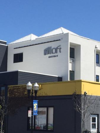 Aloft Sunnyvale : Outside view