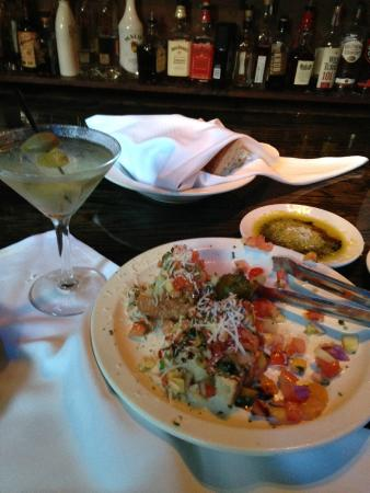 Virgilio's: Dirty Martini and Bruchetta