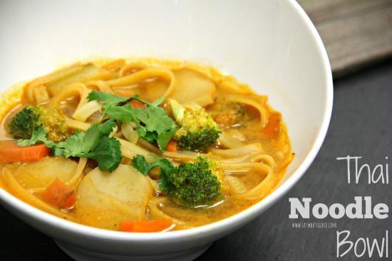 Eat What's Good!: Thai Veggie Noodle Bowl