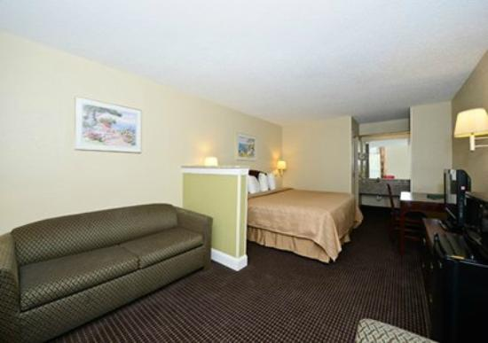 Quality Inn: suite was nice for us