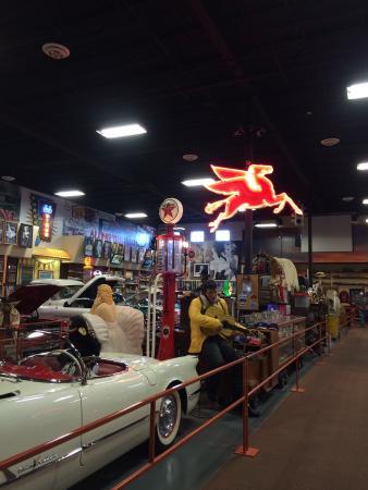 Russell's Truck & Travel Center