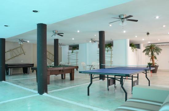 Coral Maya: Game room