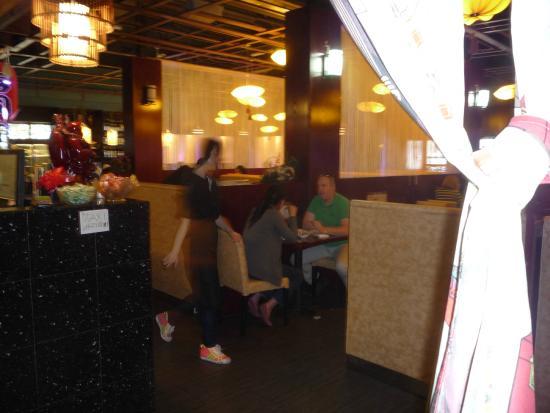 Banc Sushi: inside