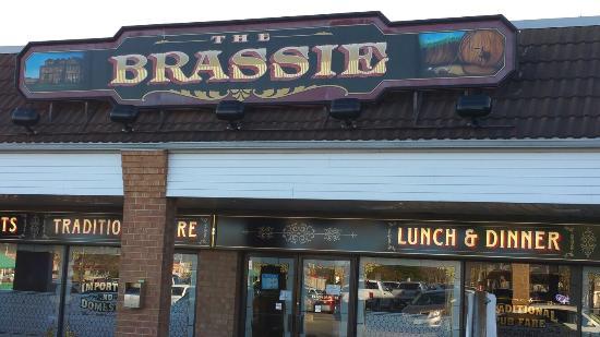 Brassie Pub