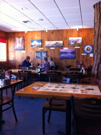 Montana Coffee Traders : Dining area