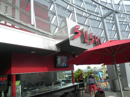 Fusion Bistro Sushi and Sake Bar: Fusion Bistro Sushi & Sake Bar