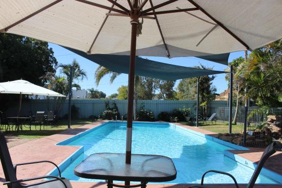 Mount Isa Caravan Park: Relax & enjoy after a hot day