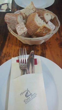 Tasca Casa Paco: Servicio de pan
