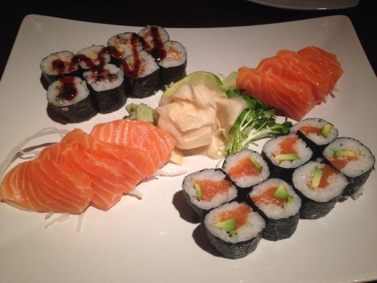 Sapa Sushi: Maki and sashimi