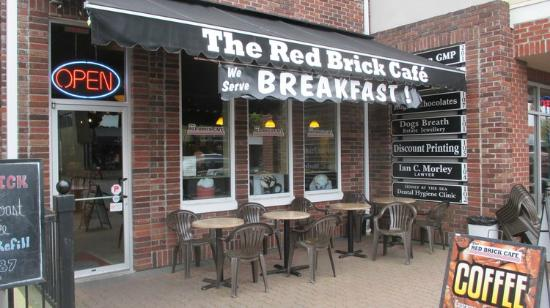 ‪Red Brick Cafe‬
