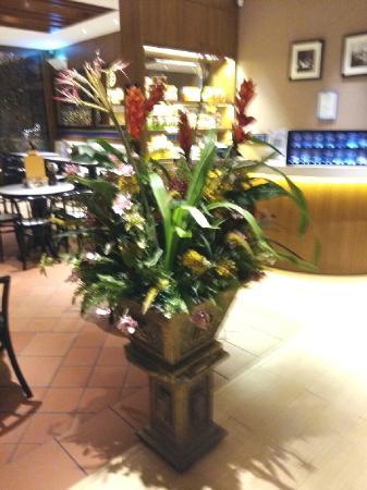 OldTown White Coffee: interior decoration