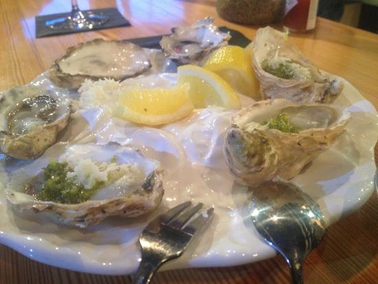 The Fish Store and Oyster Bar : Phenomenal clayaquot sound climax oysters