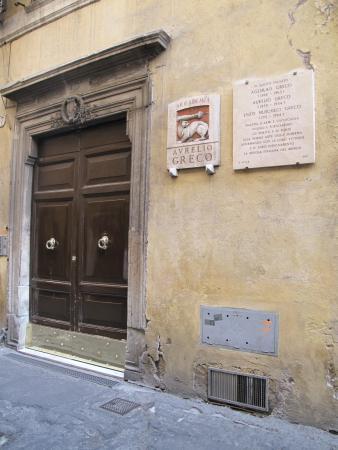 Dimora degli Dei: Entrance