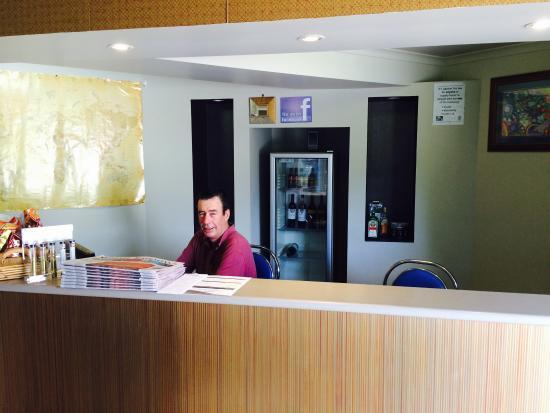 Summit Motel: Reception