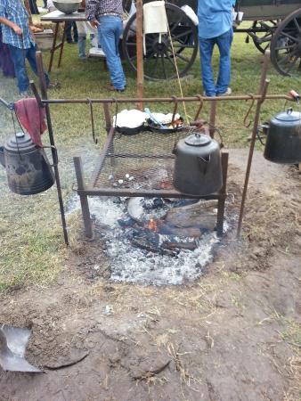 King Ranch Visitor Center: Nice campfire setup.