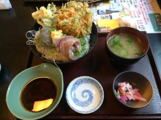Suruganoajidonmusu: 桜エビのかき揚げ