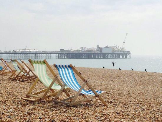 Brighton Beach : Bord de mer à côté de Brighton Pier