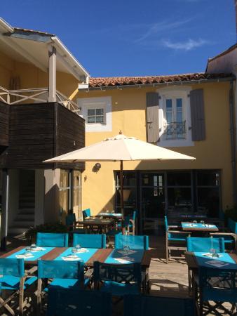 Restaurant l'Océan : Notre Patio pour déjeuner ou diner dehors