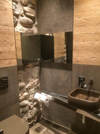 Hotel Ristorante alla Grotta: Toaletten