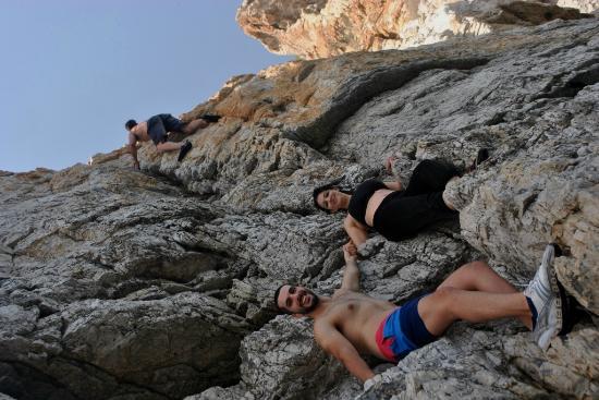 Sheesa Beach Dive Centre: climb the lima rock musandam