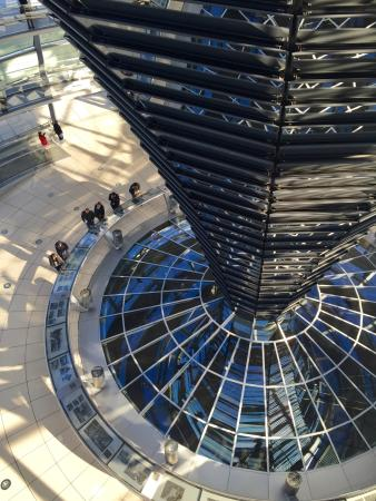 Photo of Monument / Landmark Reichstag Building at Platz Der Republik, Berlin 11011, Germany