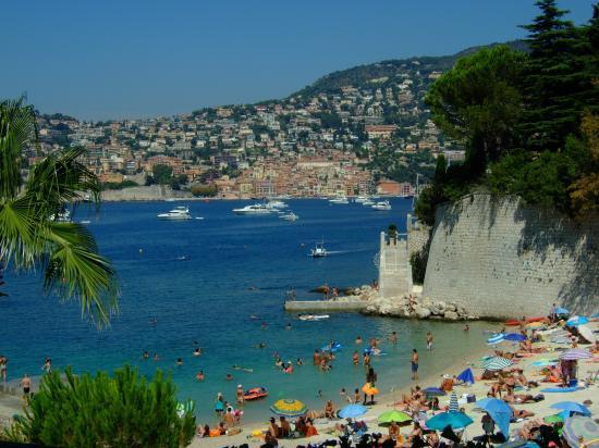 St-Jean-Cap-Ferrat, France: こじんまりとした極上ビーチ