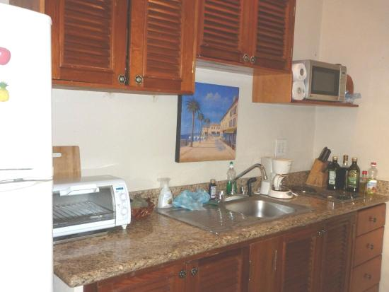 "IslaMar Vacation Villas : ""Full"" Kitchen"