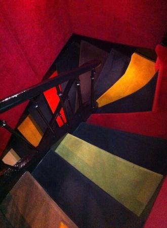 escalier original picture of hotel le notre dame paris tripadvisor. Black Bedroom Furniture Sets. Home Design Ideas
