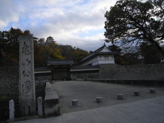 Kameyama Park (Marugame Castle)