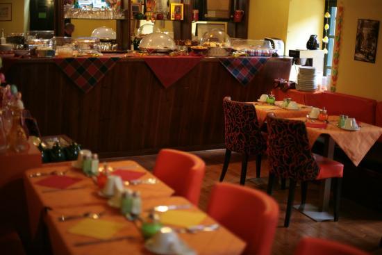 Breakfast room of Hotel Kapodistrias