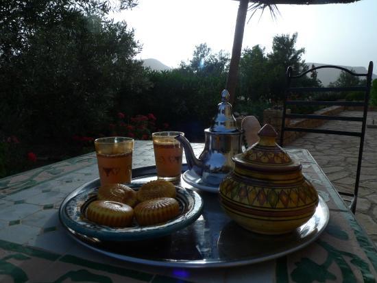 Kasbah Imini: Petit dejeuner sur la terrasse