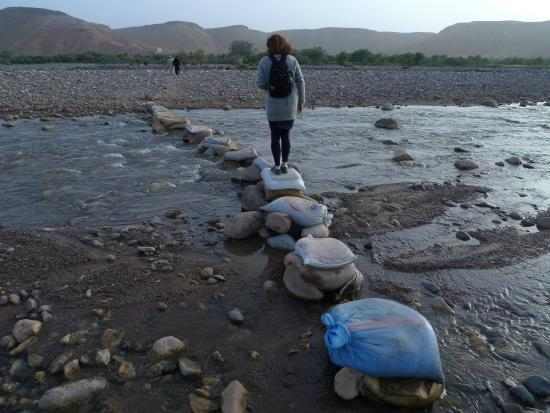 Kasbah Imini: traversé de la riviere