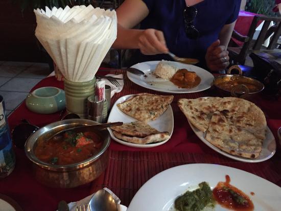 Kohinoor Indian Restaurant : Special set dinner for two, 480bht. 2 drinks, 2 naan, chicken tikka masala, chicken curry. 2 ric