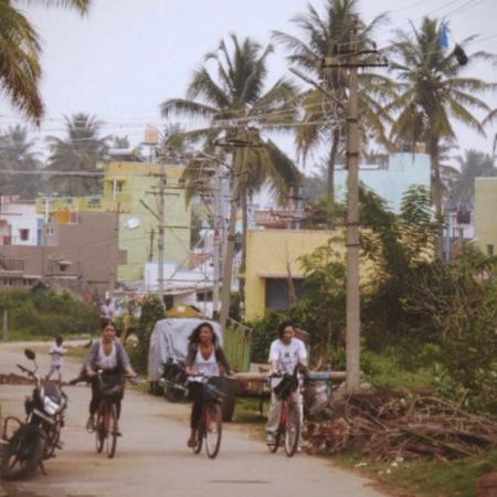 MYcycle - Mysore Cycle Tour: Such a beautiful photo taken of us while in Mysore on our my cycle tour!