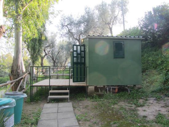 Villaggio Santa Fortunata Campogaio: Our little green house :-)