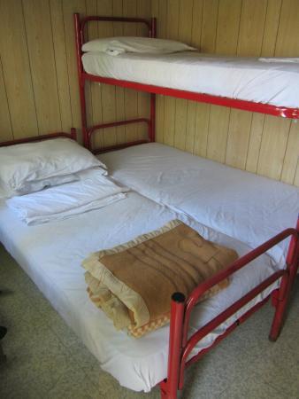 Villaggio Santa Fortunata Campogaio : Beds