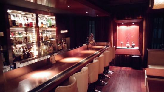 Cassis Bar