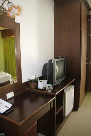 YK Patong Hotel : в номере