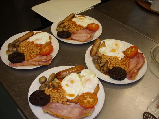 Raincliffe Hotel: eat what there all on about
