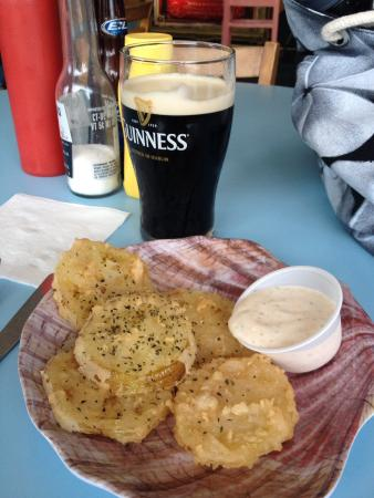 Courtyard by Marriott Carolina Beach: Fried green tomatoes and a Guinness from The Salty Dog.