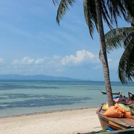 B52 Beach Resort: Paradise in Koh Phangan