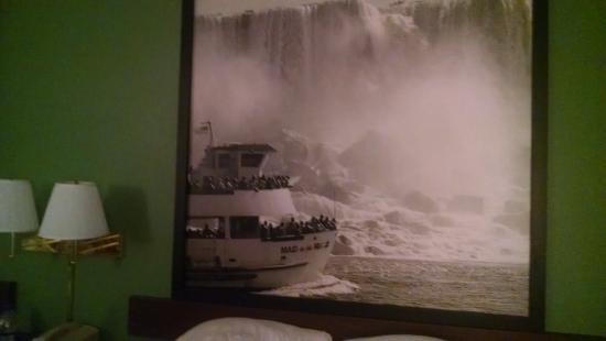 Super 8 Niagara Falls/Buffalo Area: Headboards with new renovations